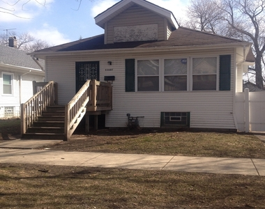11627 South Wallace Street, Chicago, Illinois 60628