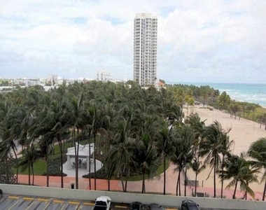 7135 Collins Ave - Photo Thumbnail 15