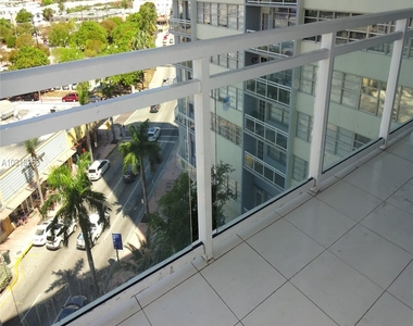 7135 Collins Ave - Photo Thumbnail 0