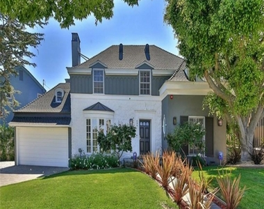 499 South Spalding Drive, Beverly Hills, CA 90212