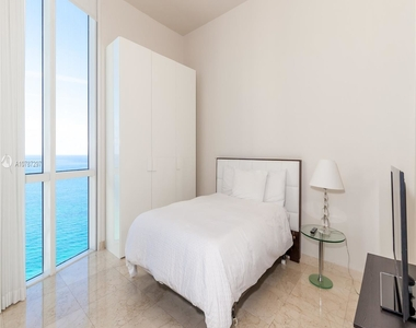 16001 Collins Ave - Photo Thumbnail 35