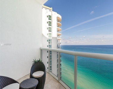 16001 Collins Ave - Photo Thumbnail 15