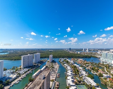 16001 Collins Ave - Photo Thumbnail 7