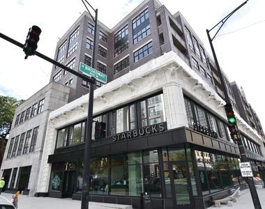 3833 North Broadway - Photo Thumbnail 9