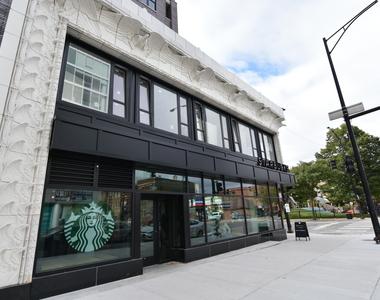 3833 North Broadway - Photo Thumbnail 11