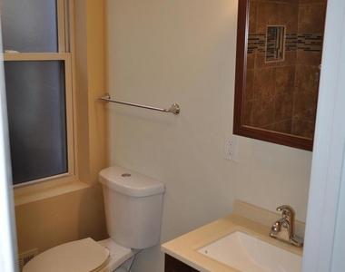 1802 Moreland Ave - Photo Thumbnail 4