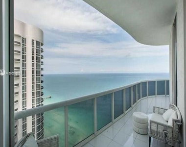 15901 Collins Ave - Photo Thumbnail 47