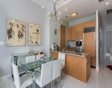 15901 Collins Ave - Photo Thumbnail 25