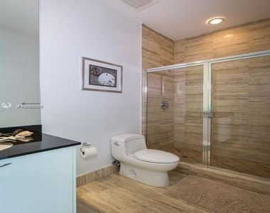15901 Collins Ave - Photo Thumbnail 85