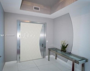 15901 Collins Ave - Photo Thumbnail 26