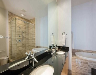 15901 Collins Ave - Photo Thumbnail 42