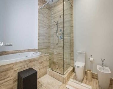 15901 Collins Ave - Photo Thumbnail 66