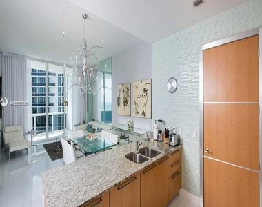 15901 Collins Ave - Photo Thumbnail 21