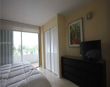 5161 Collins Av - Photo Thumbnail 34