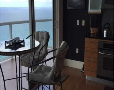 6365 Collins Ave - Photo Thumbnail 13