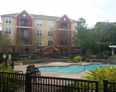 2210 W Dallas St - Photo Thumbnail 1