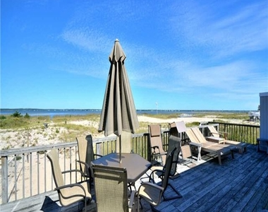 782 Dune Road - Photo Thumbnail 3