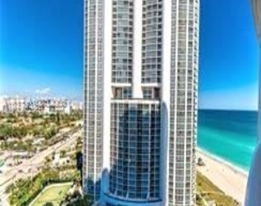 18101 Collins Ave - Photo Thumbnail 27