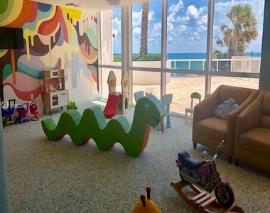 18101 Collins Ave - Photo Thumbnail 47