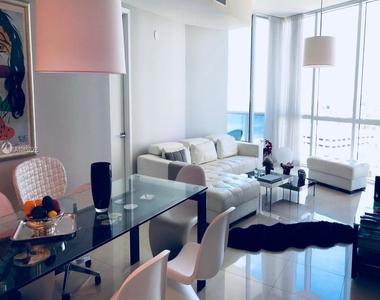 18101 Collins Ave - Photo Thumbnail 1