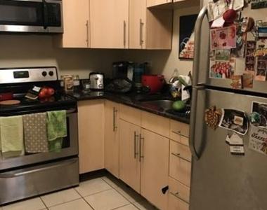 720 West Gordon Terrace - Photo Thumbnail 7