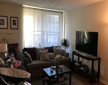 720 West Gordon Terrace - Photo Thumbnail 2