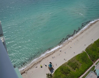 16699 Collins Ave - Photo Thumbnail 1