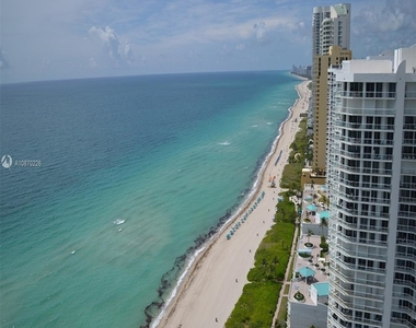 16699 Collins Ave - Photo Thumbnail 2