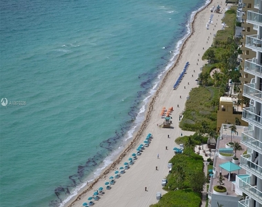 16699 Collins Ave - Photo Thumbnail 0