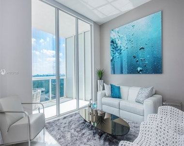 15811 Collins Ave - Photo Thumbnail 11