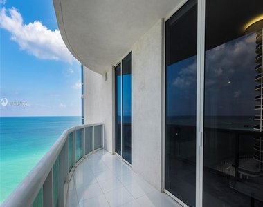 15811 Collins Ave - Photo Thumbnail 15