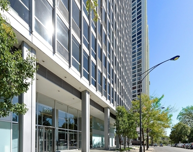 330 West Diversey Parkway - Photo Thumbnail 0