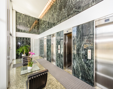 330 West Diversey Parkway - Photo Thumbnail 1