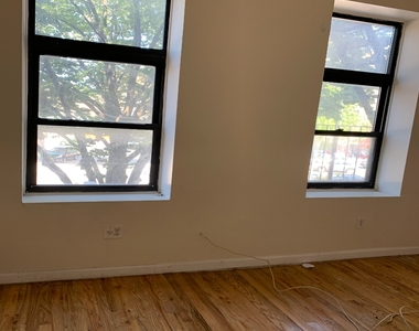528 Flatbush Avenue - Photo Thumbnail 2