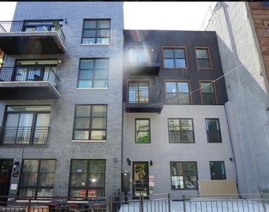 972 Greene Avenue - Photo Thumbnail 4