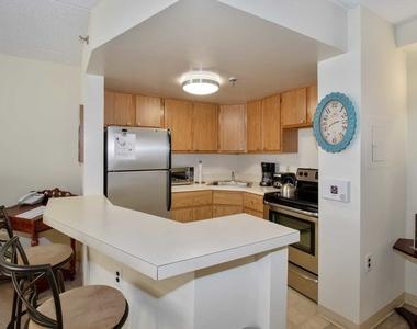 565 Albany Avenue - Photo Thumbnail 17