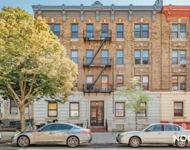 1140 St Johns Place - Photo Thumbnail 3