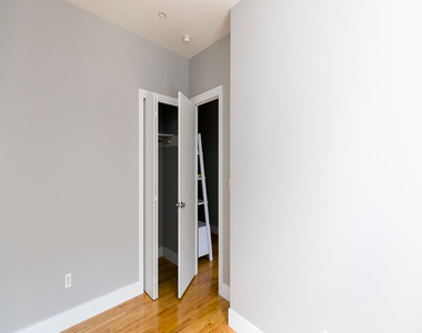 1571 Sterling Place - Photo Thumbnail 11