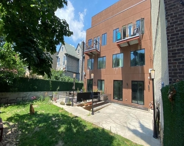 242 Hawthorne Street - Photo Thumbnail 11