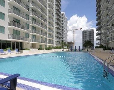 1601 Northeast Miami Place - Photo Thumbnail 1