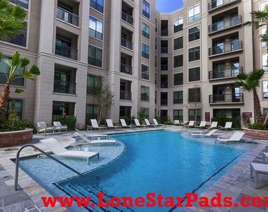 2900 W Dallas St - Photo Thumbnail 3