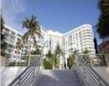 5151 Collins Ave - Photo Thumbnail 23