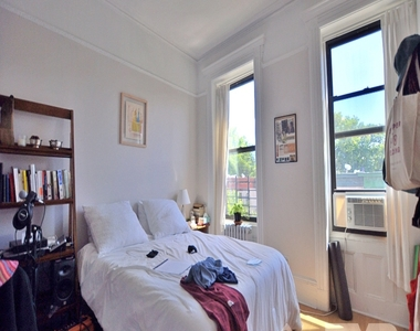 681 Sterling Place - Photo Thumbnail 5
