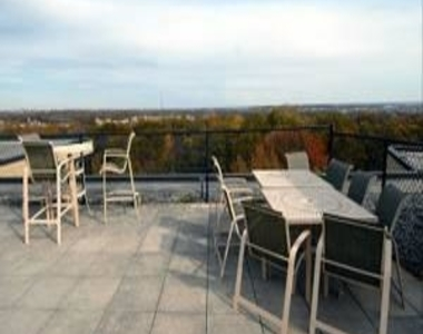 1801 Clydesdale Place Nw - Photo Thumbnail 10