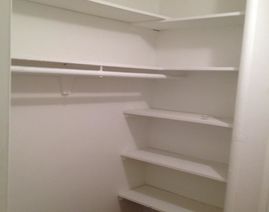 1801 Clydesdale Place Nw - Photo Thumbnail 7