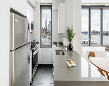606 West 57th Street - Photo Thumbnail 2
