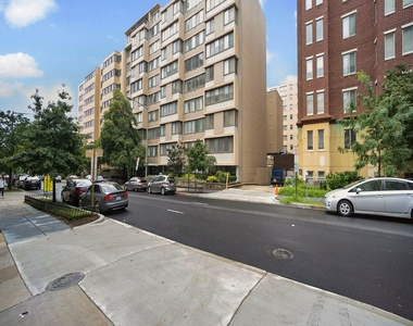 522 21st Street Nw - Photo Thumbnail 2