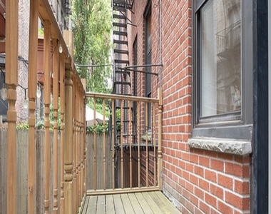 East 84th Street - Photo Thumbnail 5
