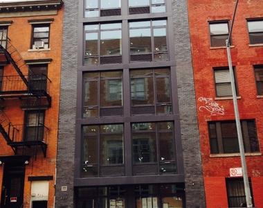 427 East 12th Street - Photo Thumbnail 8