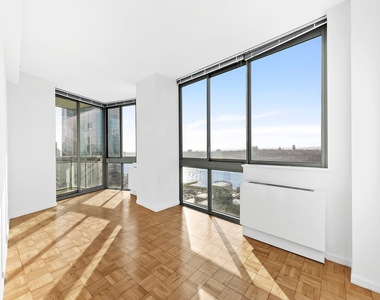 505 West 37th Street - Photo Thumbnail 0
